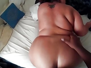 Thicc smoking pawg