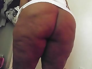 Bitch bend over niecy