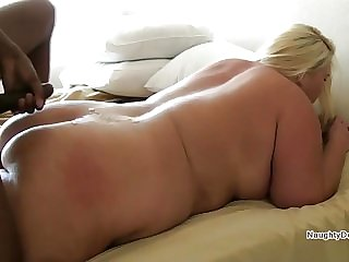 Creams his PAWG then she cleans his cock
